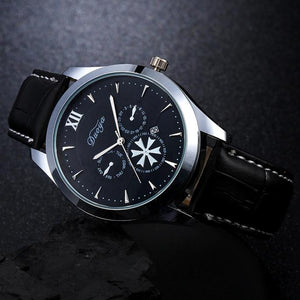 Men Quartz Analog Watch