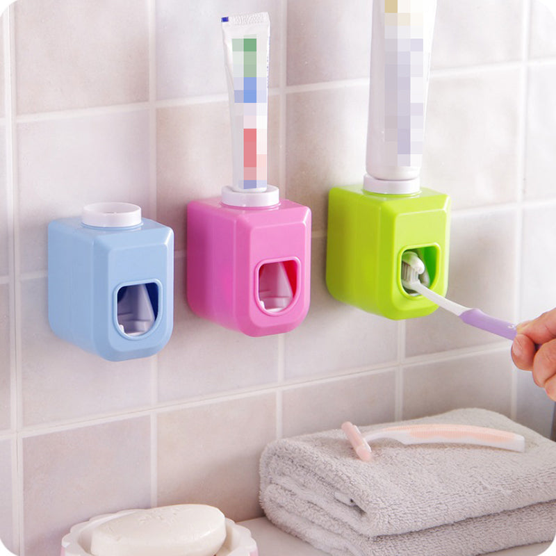 Creative Automatic Lazy Toothpaste Dispenser Plastic Tooth Paste Squeezer Out Holder For Bathroom Accessories Bathroom Sucker
