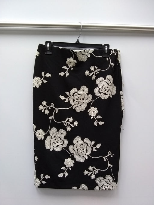 ECI Embroidered Pencil Skirt BlackIvory 6