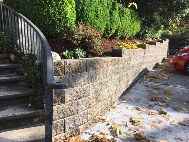CORNERSTONE 8X18X12 F100 FLAT FACE RETAINING WALL