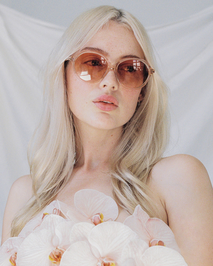Velvet Canyon 70s vintage inspired sunglasses, Heartbreaker Peach