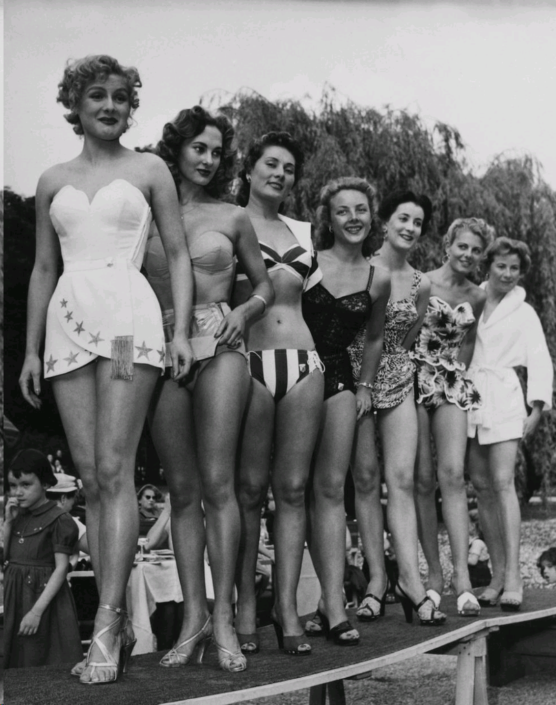 The Best Retro Swimsuits In 1950s