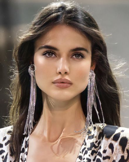 Hot Pictures With Blanca Padilla and Her Modeling Career