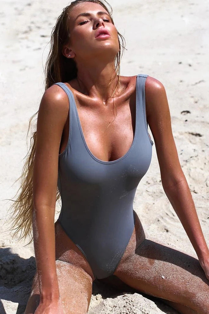 CHIC SCOOP NECK HIGH LEG ONE PIECE SWIMSUIT