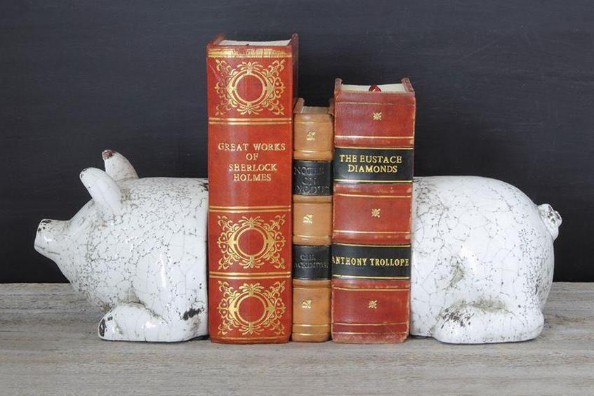 terra cotta pig bookends
