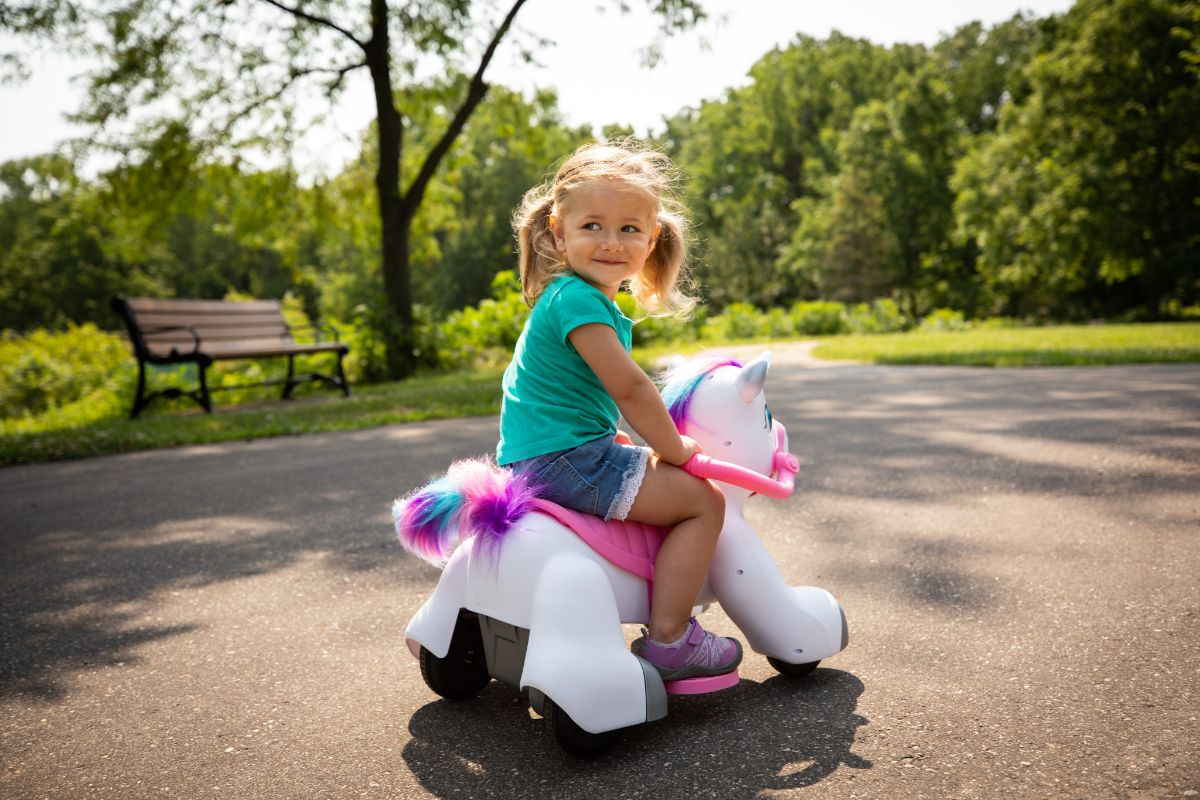 Rideamals Unicorn Toddler Ride-on