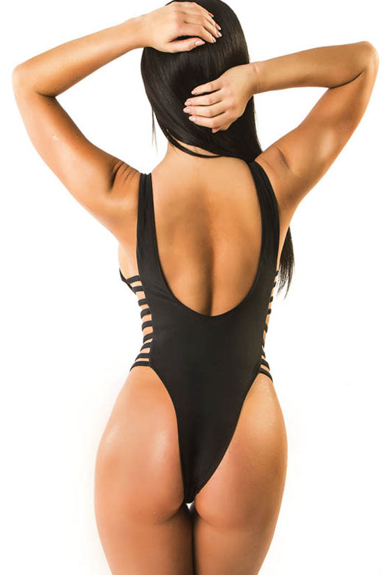 Sexy Deep V Neck Macrame Monokini One Piece Swimsuit
