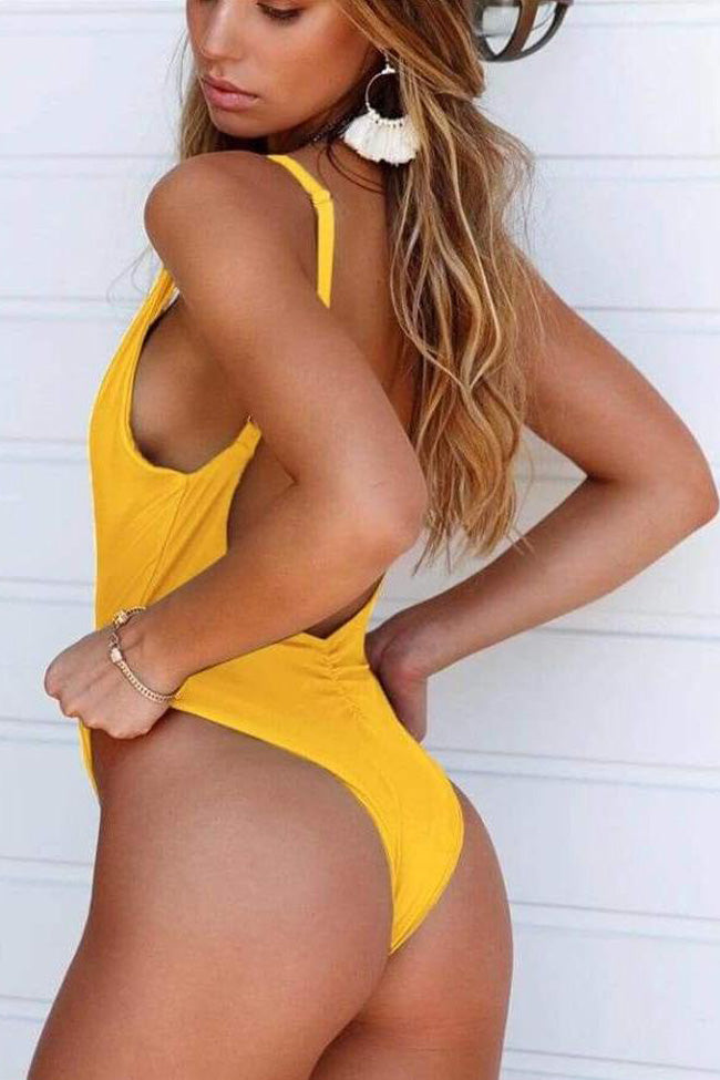 Chic Plunged V Scrunch Low Back High Leg One Piece Swimsuit
