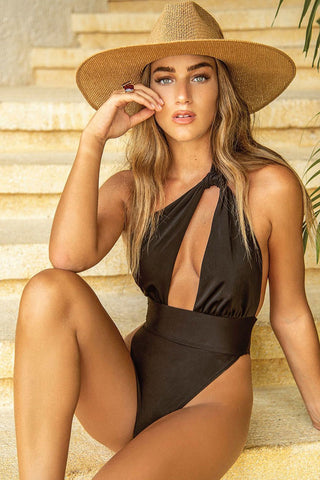 High Leg Cutout Low Back Twist Front One Piece Swimsuit