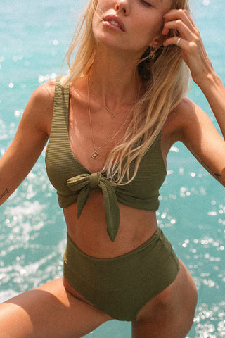 High Waist Textured Knotted Front Bikini Swimsuit - Two Piece Set