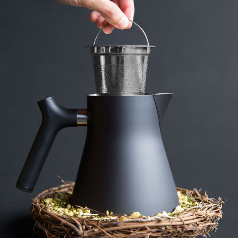 Fellow Raven Kettle black tea filter from Filter - Lifestyle Image
