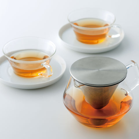 Kinto Carat Teapot with cups saucers from Filter - Lifestyle Image
