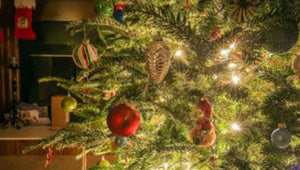 How to do Christmas decorating without losing your sanity
