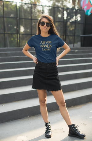 All you need is love - Womens T-Shirt