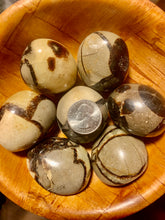 Septarian (Dragon Egg)