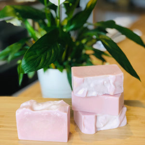 Australian Pink Clay & Rosehip Luxe Soap (110g)
