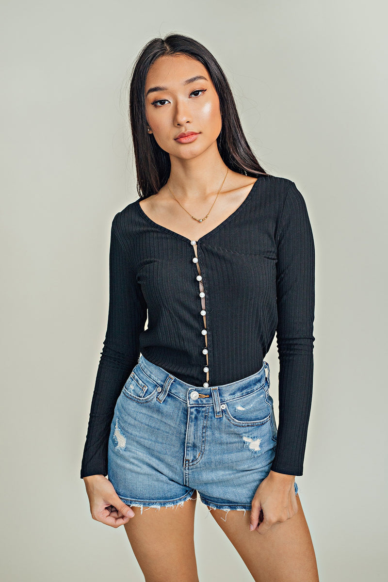 Katie Pearl Button down Top