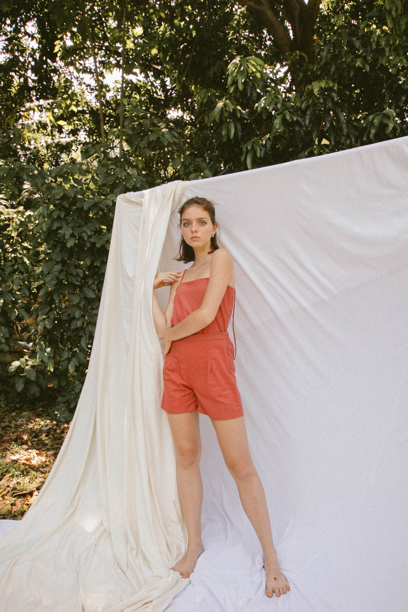 Raegan Shorts in Linen