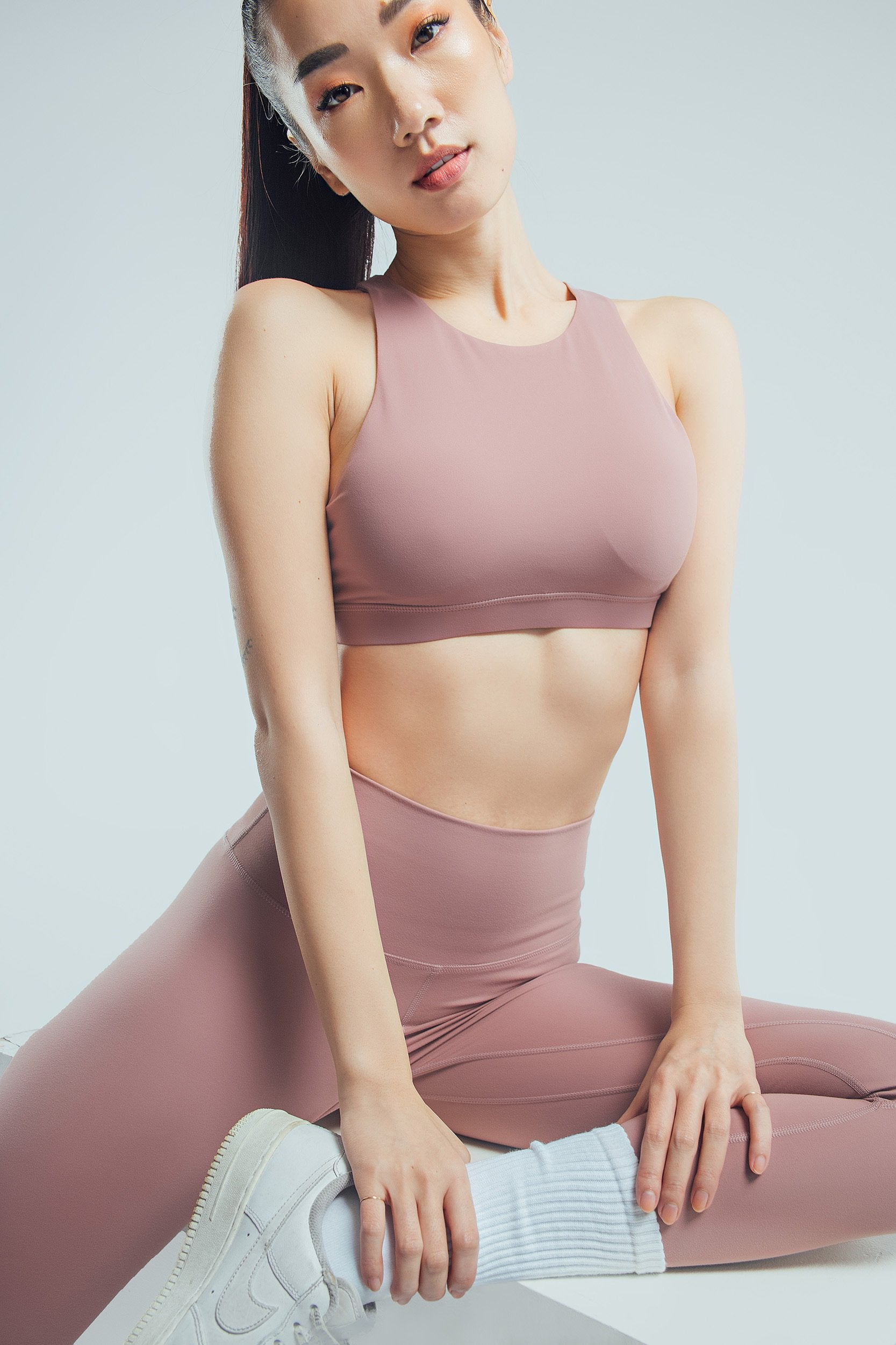 Ultra Seamless Halter Crop Top