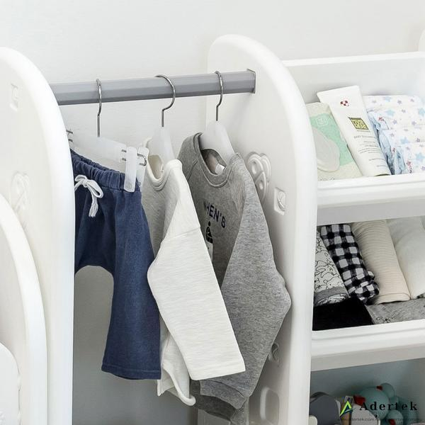 Eye level height make it easy for your little one to access their favourite clothes