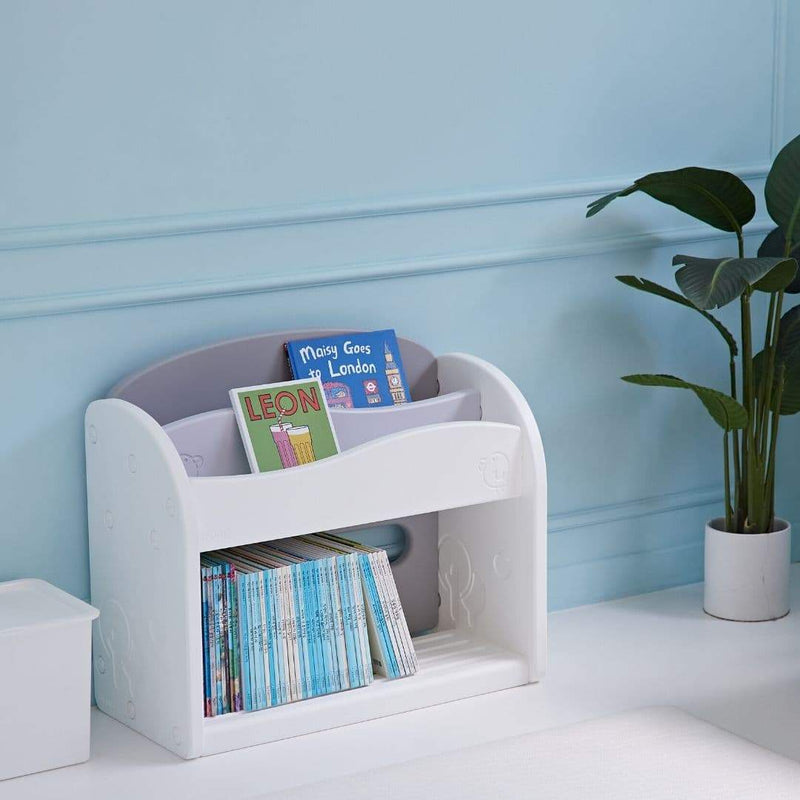 Easy Wave Book Shelf easily accesible by kids