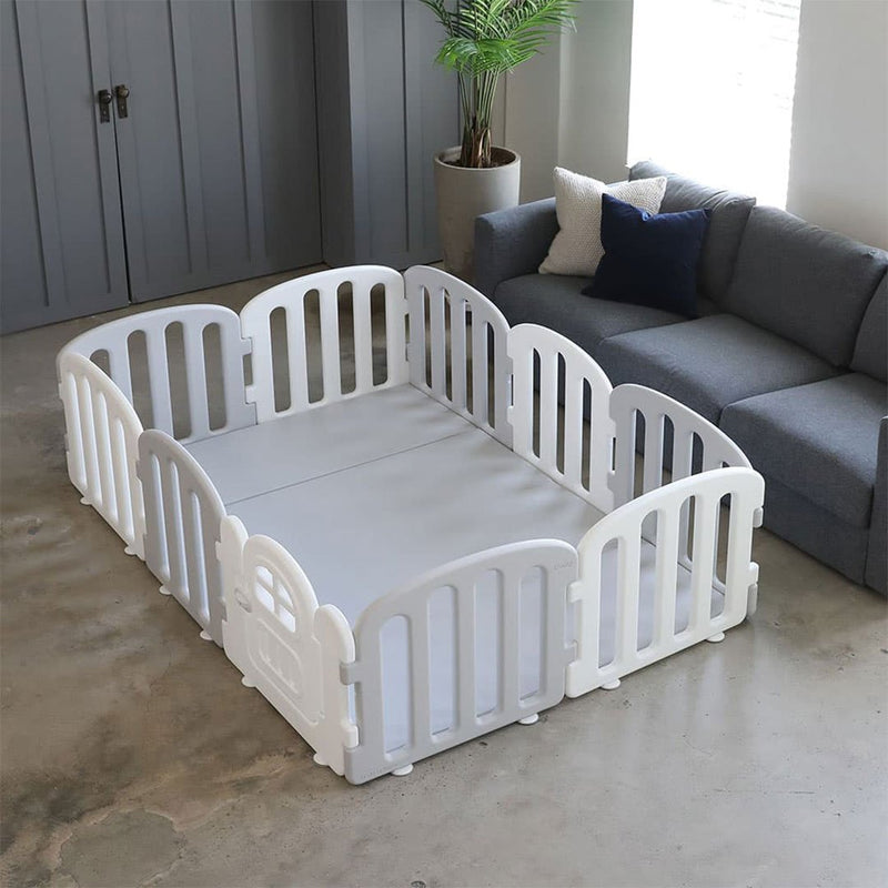 Available in Grey+White Play Yard with Grey Mat