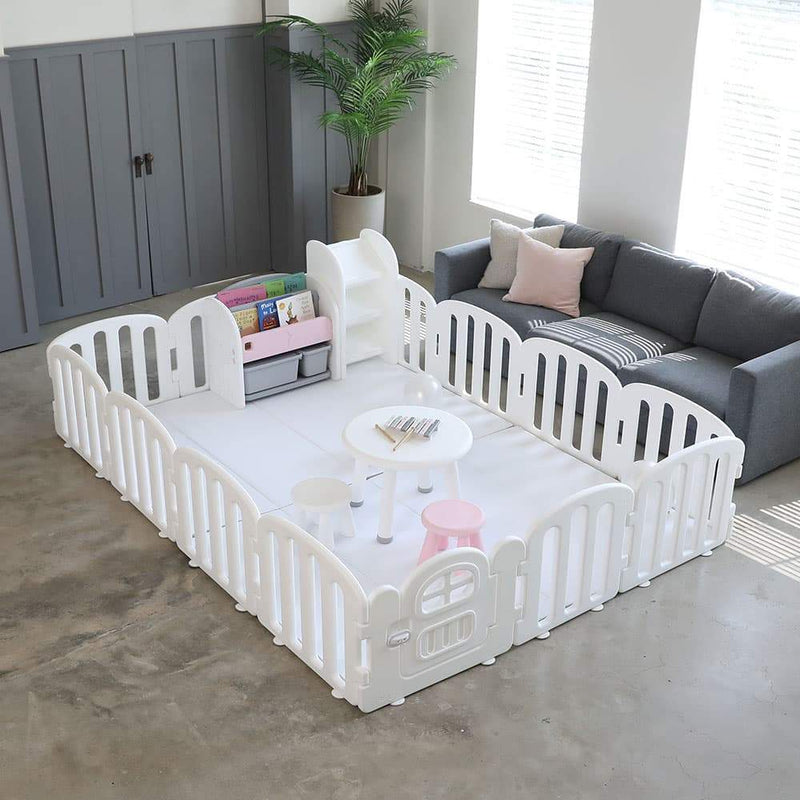 Expandable baby play yard to fit any baby play mats in the market