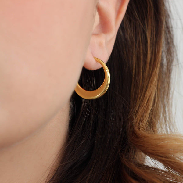 18ct gold elegant and classic sterling silver hoops