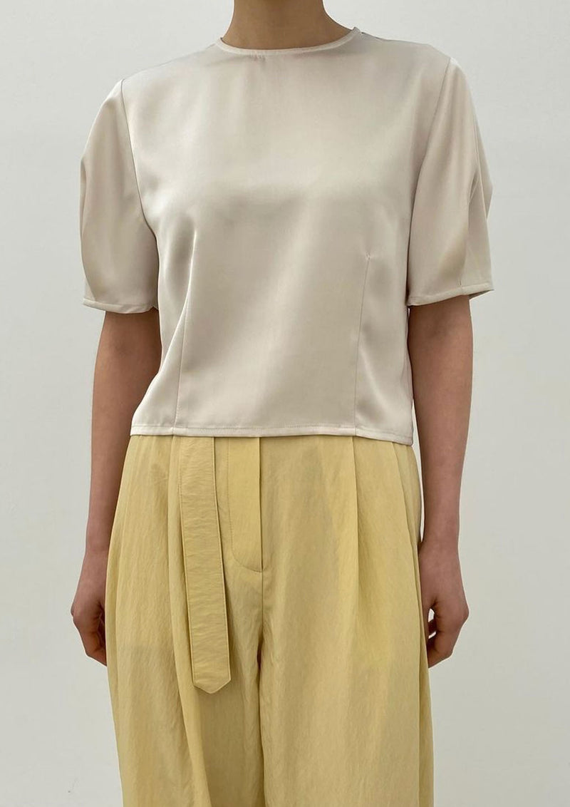 Short Sleeves Silk Blouse in Cream