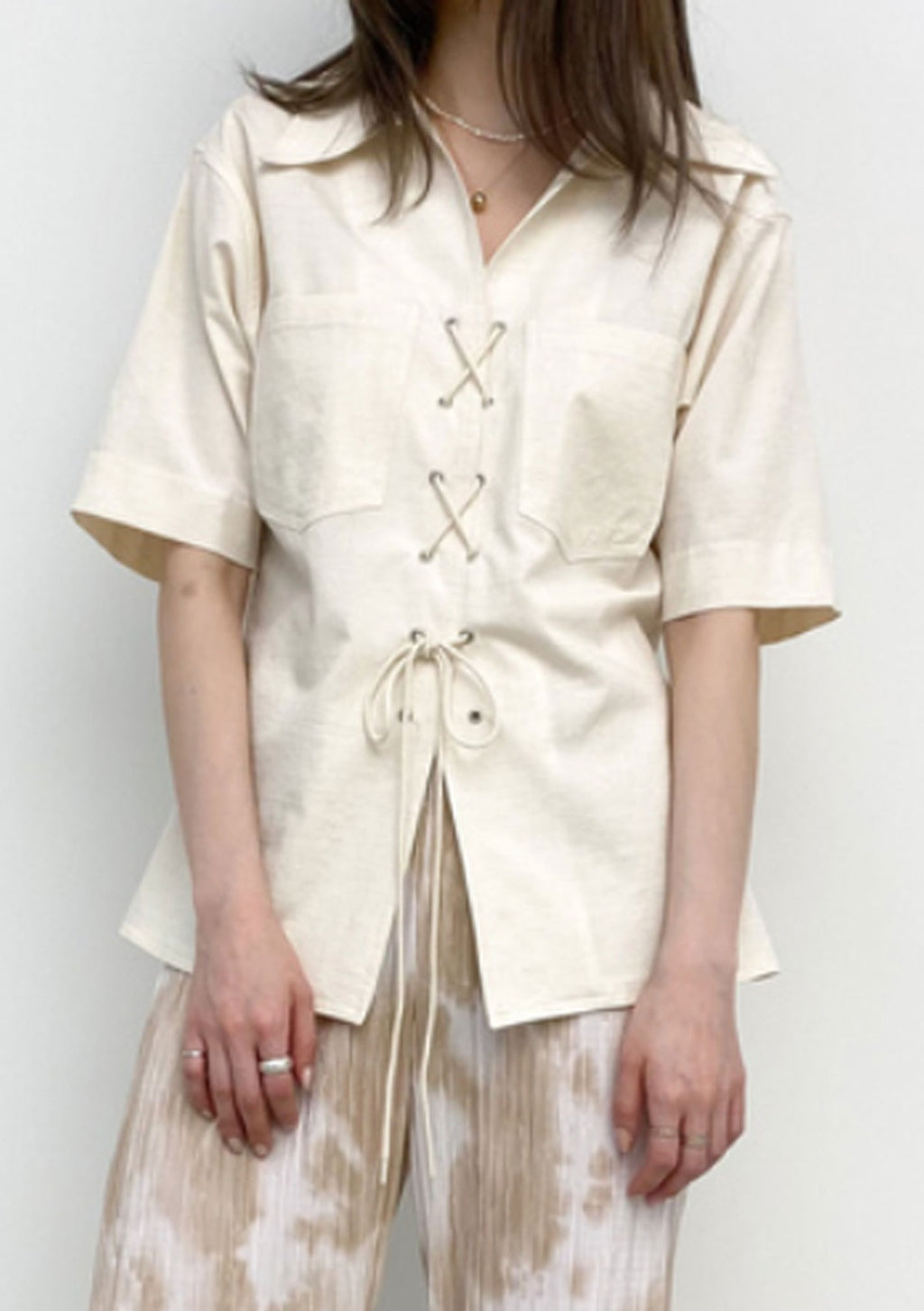 Linen Short Sleeves Laced Shirt in Cream