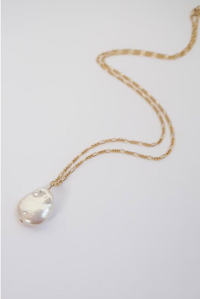 Figora Pearl Necklace