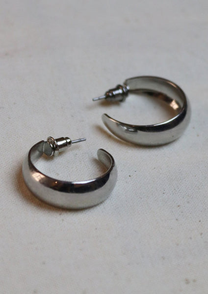 Cella Curved Earrings