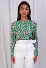 WANTS Green Floral Round Neck Blouse