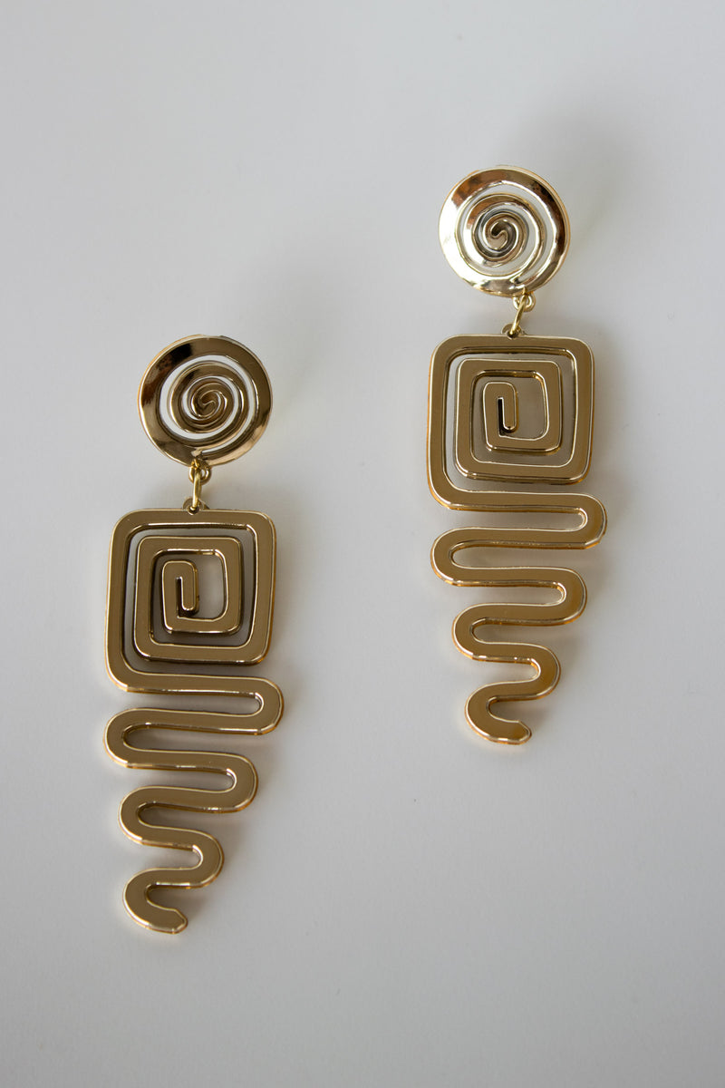 Cleo Swirl Gold Earrings