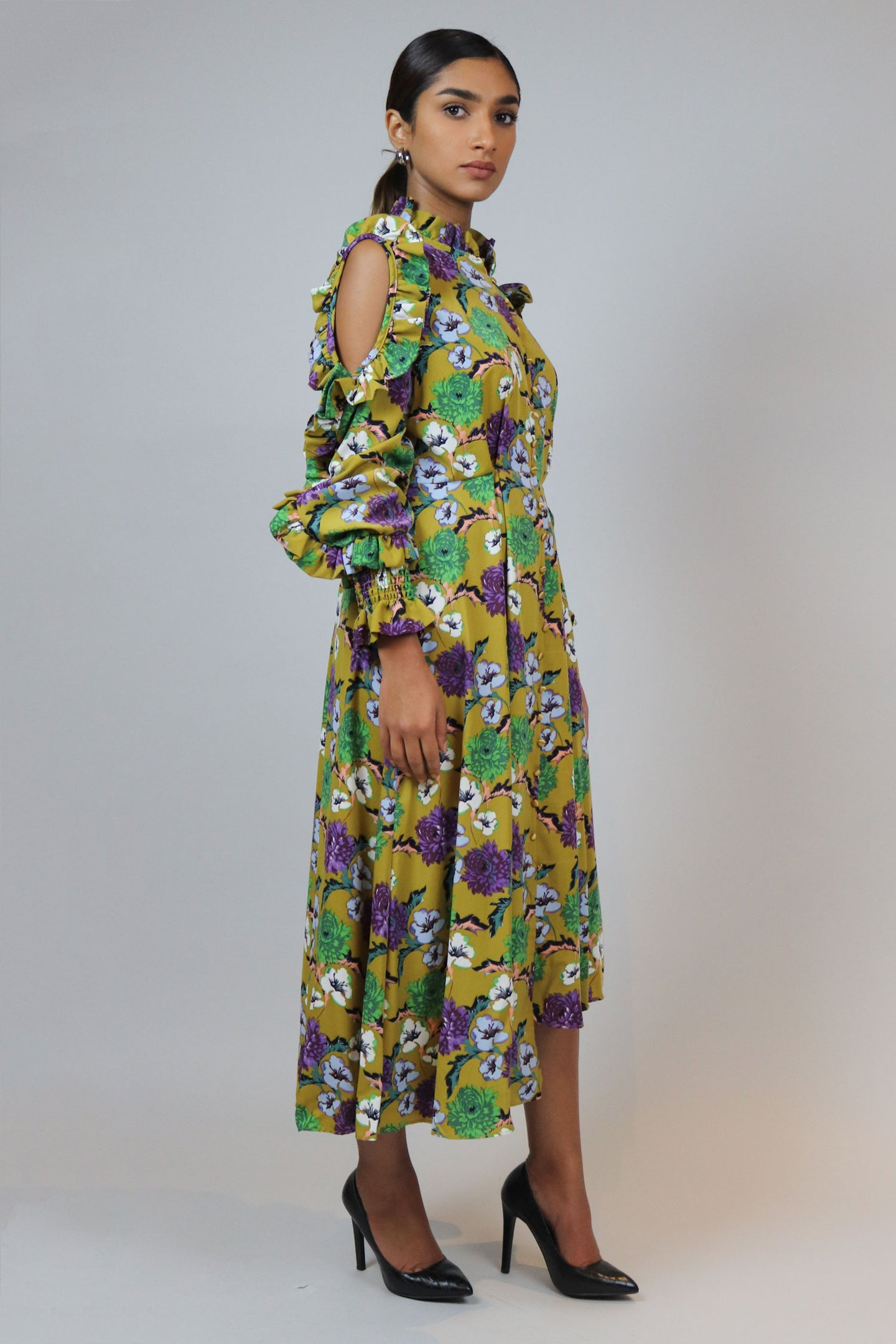 WANTS Shoulder Cutout Floral Midi Dress