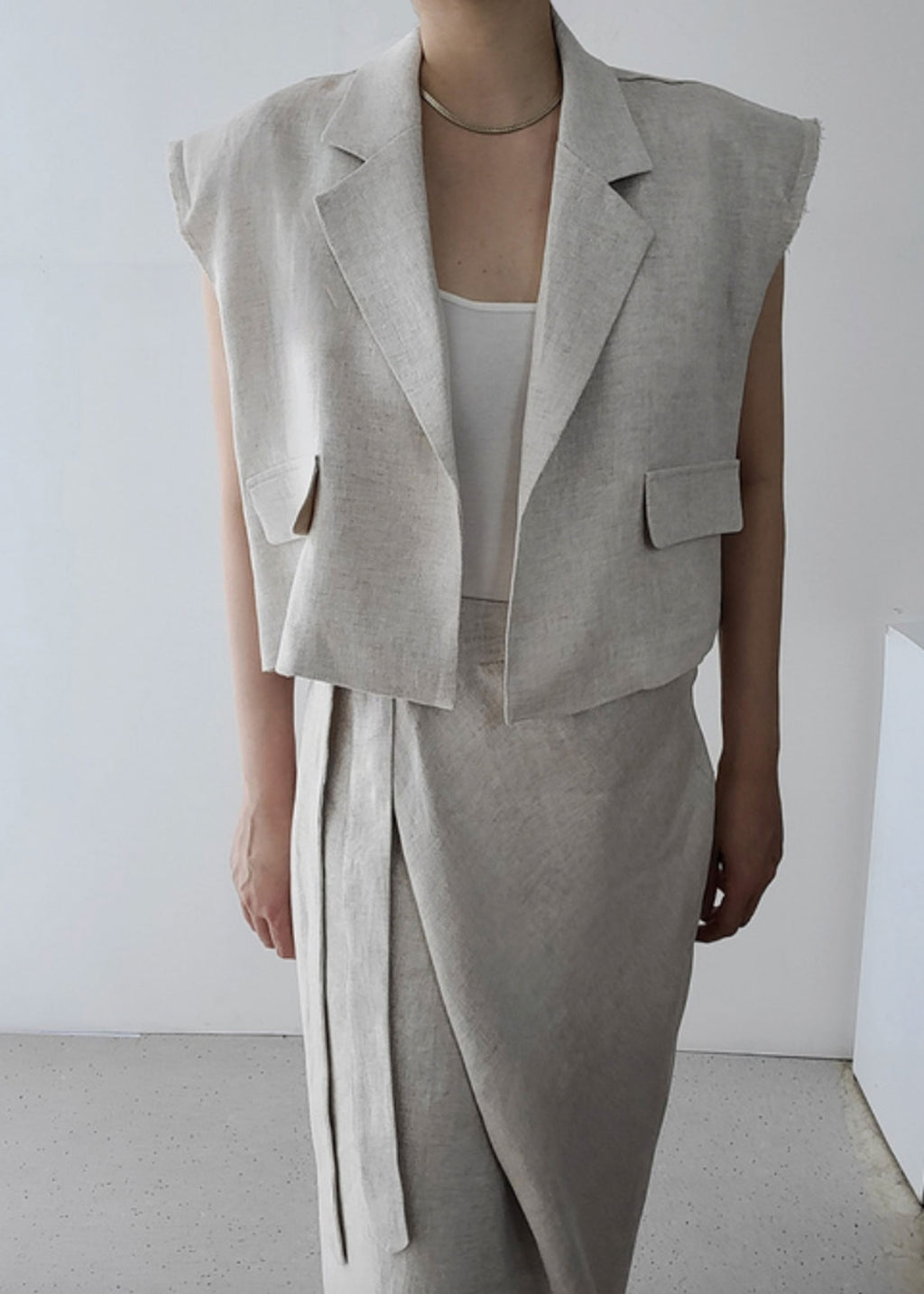 Padded Shoulder Linen Frayed Edge Vest