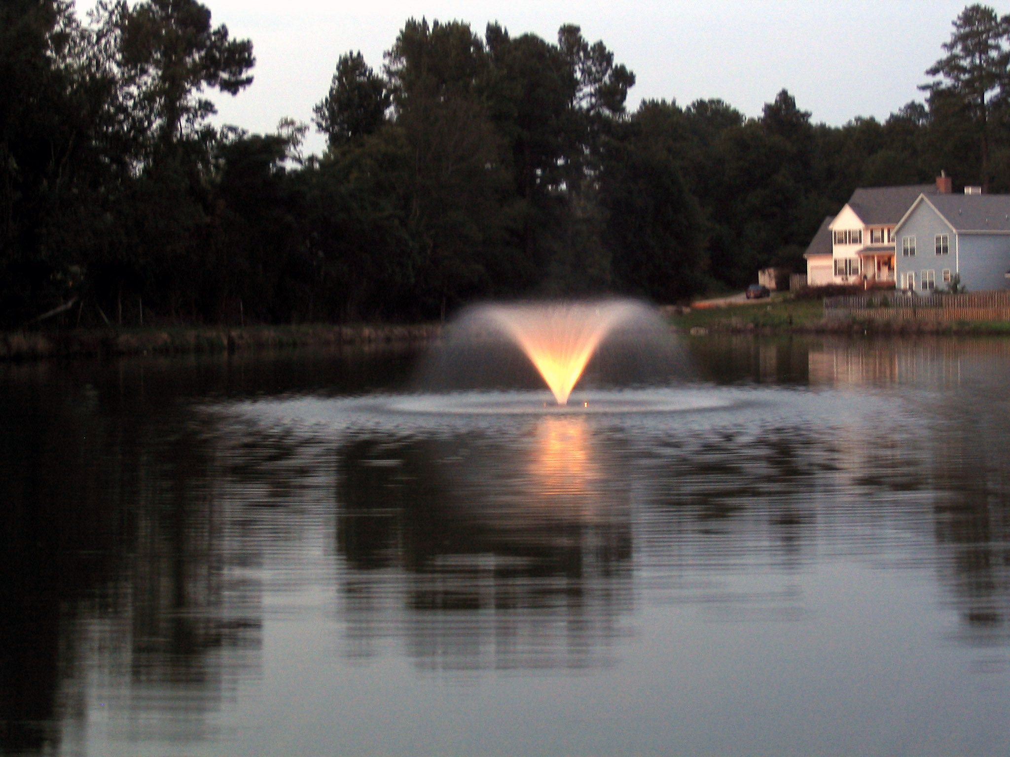 Kasco V-Shaped Aerator with Lights