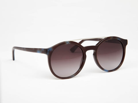 Suze are the sunglasses for you if you enjoy timeless designs - oodzy