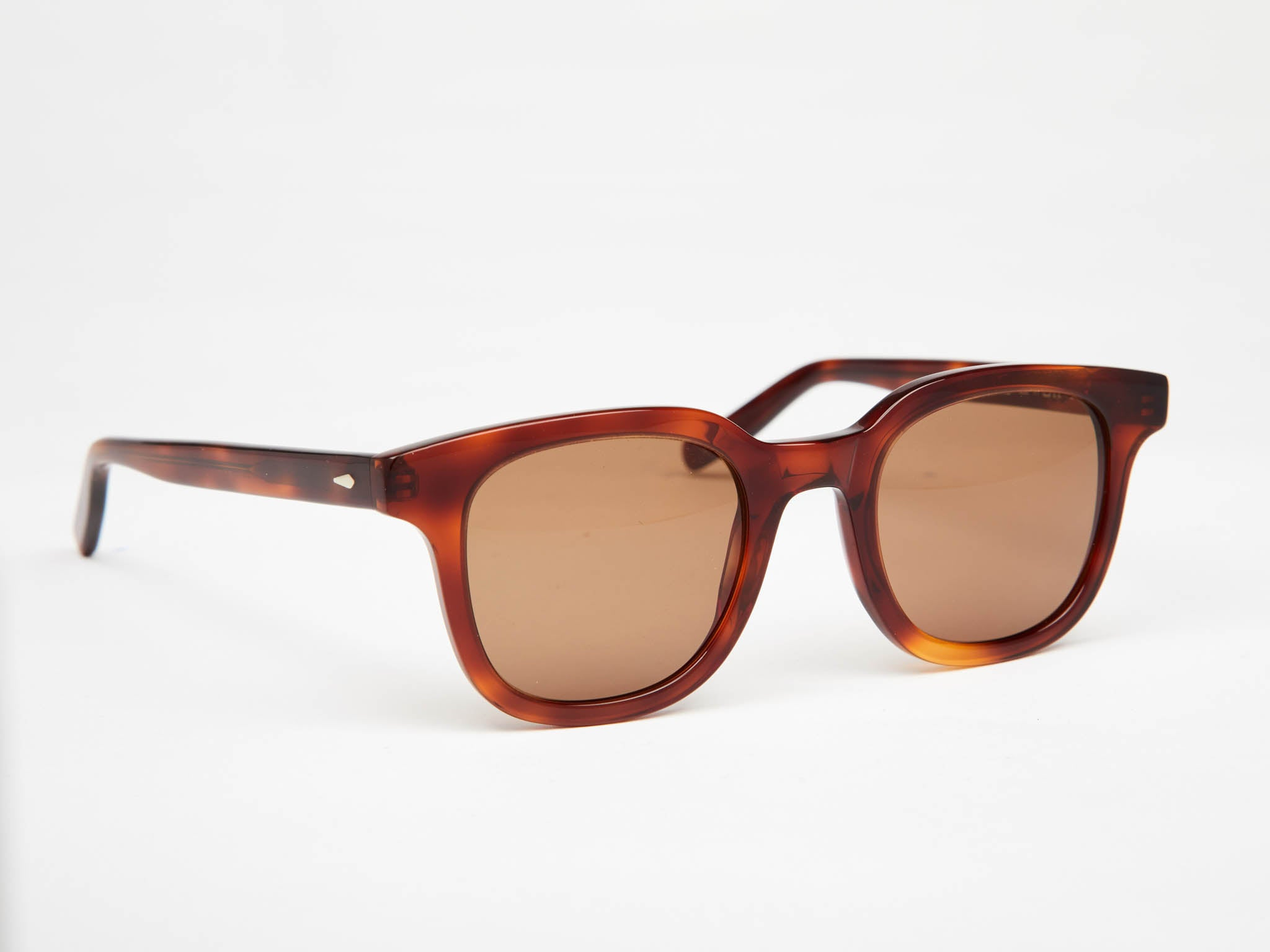 Lex: amazing sunglasses with flair - oodzy