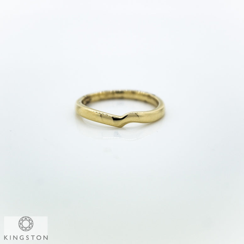 9ct Yellow Gold Shaped Wedding Ring