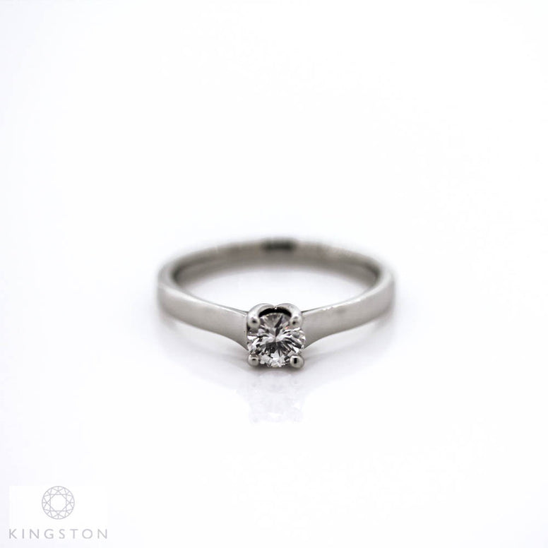 Beautiful Ladies Platinum Diamond Solitaire Ring