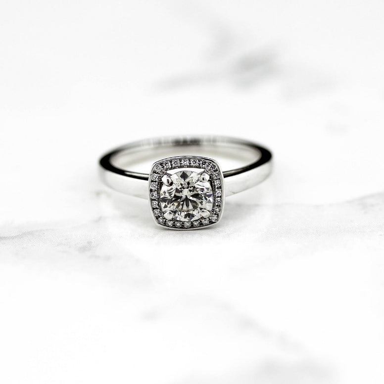 18ct White Gold Bellissimo Diamond Ring 0.95ct