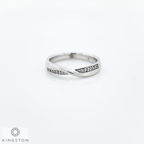 18ct White Gold Diamond Under Crossover Wedding Ring