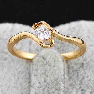 Crystal Ring in Gold