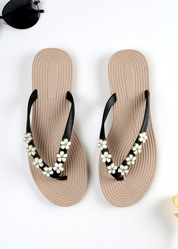 Floral Decorate Beach Slippers