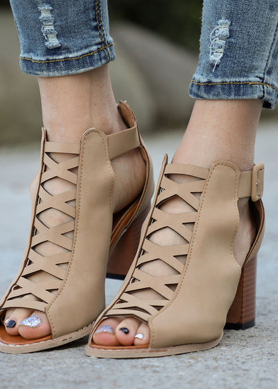 Front Crisscross High Heel Sandals
