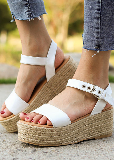 Straw-knitted Sandals
