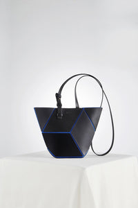The Cube Manhattan Small Cross Body