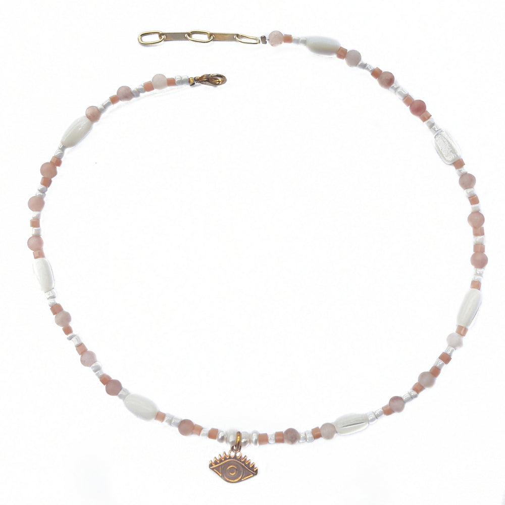 Hmasa & peach necklace