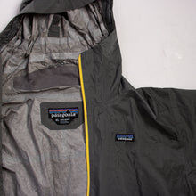 Vintage Patagonia Hooded Shell Jacket - American Madness